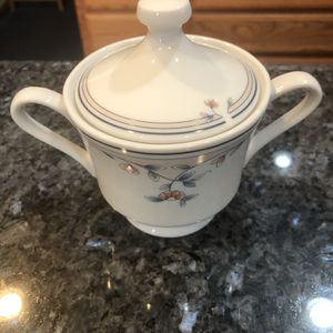 Princess House China Heritage Blossom Sugar With Lid. Brand New for Sale in Artesia, CA
