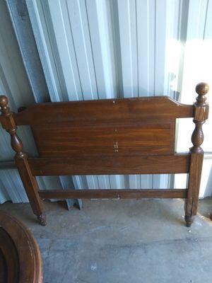 Solid oak twin bed for Sale in Lyman, SC