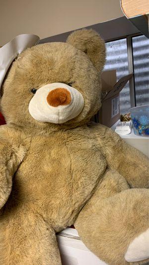 Big teddy bear 🧸 for Sale in Schaumburg, IL