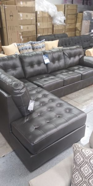 Ashley sectionals couch for Sale in Columbus, OH