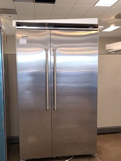 Viking Pac 48in Built In Side By Side Refrigerator for Sale in Corona,  CA