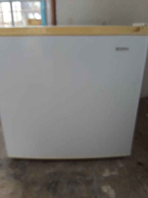 Used Kenmore Student Refrigerator
