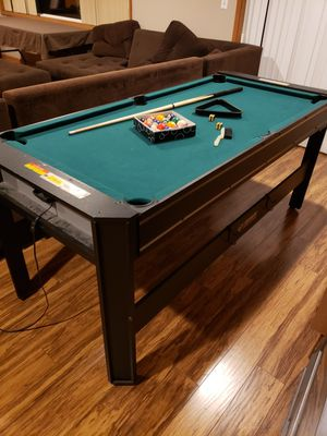 Triumph sports 6 foot combination pool table air hockey table for Sale in Portland, OR