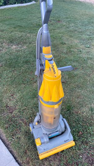 Dyson vacuum for Sale in Bakersfield, CA