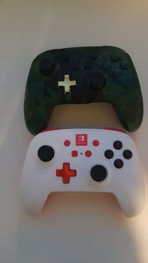 Nintendo switch controllers for Sale in Cleveland, OH