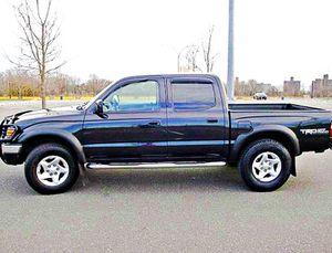 ֆ14OO 4WD Toyota Tacoma 4WD for Sale in Anaheim, CA