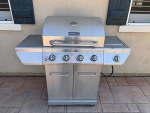 4 Burner Gas Grill for Sale in Gilroy, CA