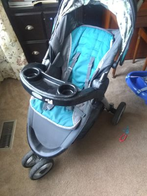 Graco Click connect stroller, car seat, 2 bases for Sale in O'Fallon, MO