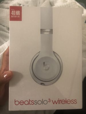 Beats Solo 3 wireless for Sale in New York, NY