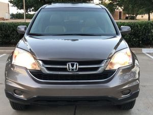 SELLING CRV HONDA 2010 4 DOORS AUTOMATIC for Sale in Las Vegas, NV