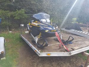 700 ski doo and aluminum frame trailer for Sale in Federal Way, WA