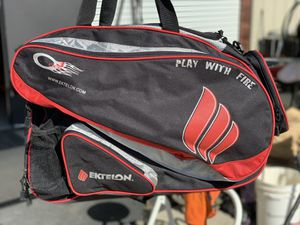 Racket ball bag with rackets for Sale in Ripon, CA