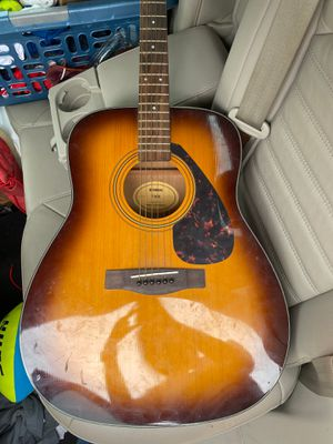 Yamaha guitar for Sale in Cedar Park, TX