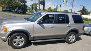 I have a 2002 Ford Explorer runs good cold air for Sale in Columbus, OH
