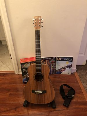 Martin Acoustic LXK2 EXC++ Starter Set Package! for Sale in IL, US