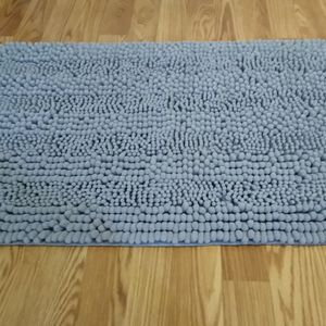 Accent Rug for Sale in Portsmouth, VA