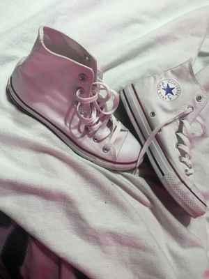 White Hightop Converse for Sale in Tampa, FL