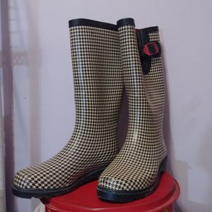 Austin Trading Company rain boots. Women's size 5. for Sale in San Antonio, TX