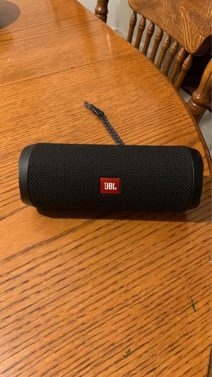 JBL Flip 4 for Sale in Reedley, CA