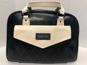 Large Mary Kay Travel Bag for Sale in West Columbia, SC