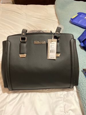 Reaction Kenneth Cole purse new black for Sale in Dallas, TX