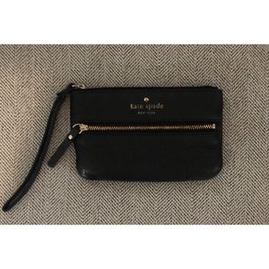 Kate spade wristlet for Sale in Baltimore, MD