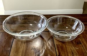 Pyrex prepware 2 piece glass mixing bowls set / facial and body treatments mixing bowls / easy to grab handles are designed to make it easy to mix, for Sale in Hialeah, FL