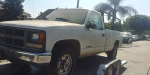 1997 chevy sliverado 2500hd parting out for Sale in Lynwood, CA