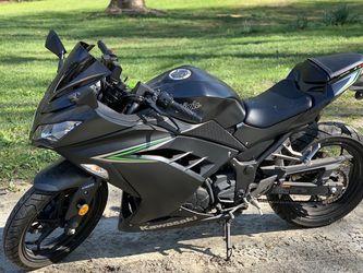 Kawasaki Ninja EX 300 for Sale in Fort Washington,  MD