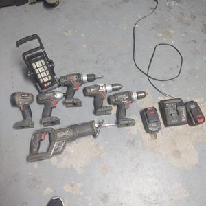 10 Porter Cable Cordless Drills And Tools.1st Fair Offer Takes It for Sale in Glendale, AZ