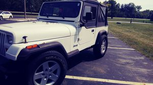 1994 jeep wrangler 2.5L manual for Sale in Columbus, OH