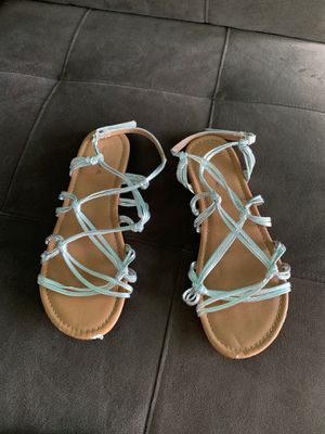 Size 5 shoes for girls- sandals for Sale in Royal Palm Beach, FL