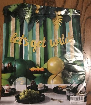 Jungle/ wild theme birthday party large party bundle for Sale in Fontana, CA