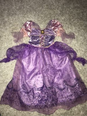 Costume Girls Rapunzel (Size 4-6) for Sale in Shorewood, IL