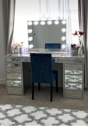 Impressions vanity mirror for Sale in Riverside, CA