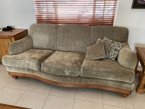 Living Room Furniture Set, Complete, Good Condition for Sale in Hialeah, FL