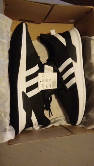 Adidas Men Shoes for Sale in Los Angeles, CA