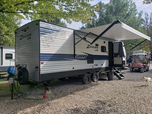 2020 zinger 270bh travel trailer for Sale in North Ridgeville, OH