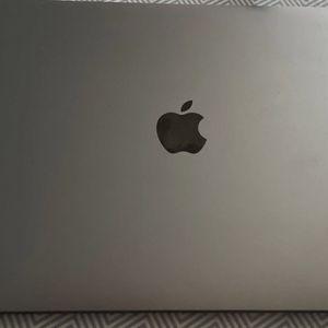 "2020 Retina Apple Mac Book Air 13"" 256GB for Sale in Brooklyn, NY"