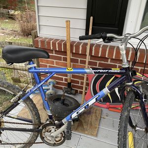 GT Outpost Trail MTB for Sale in Chadds Ford, PA
