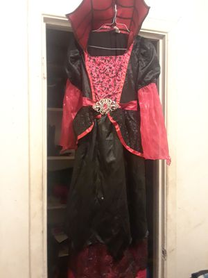 Vampire costume for Sale in Houston, TX