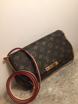 Louis Vuitton LV Monogram Favorite MM Crossbody Clutch Bag Purse Handbag for Sale in Naperville, IL