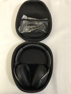 Sony WH-1000XM2 Noise Canceling Bluetooth Headphone - Black ( WH1000XM2 ) for Sale in Garland, TX