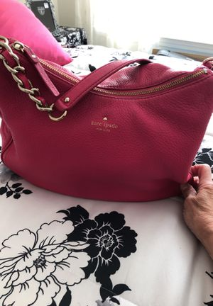 Beautiful Kate spade bag. Looks like it has never been used for Sale in Wall Township, NJ
