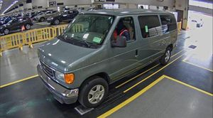 2006 Ford E-Series Wagon for Sale in Baldwin, NY