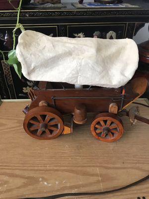 Beautiful wagon lamp for Sale in Hacienda Heights, CA
