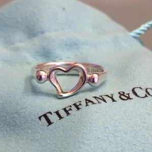 Tiffany & Co Elsa Peretti Open Heart ring for Sale in Smithtown, NY