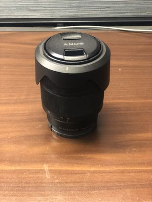 Sony FE 28-70mm F/3.5-5.6 OSS for Sale in Los Angeles, CA
