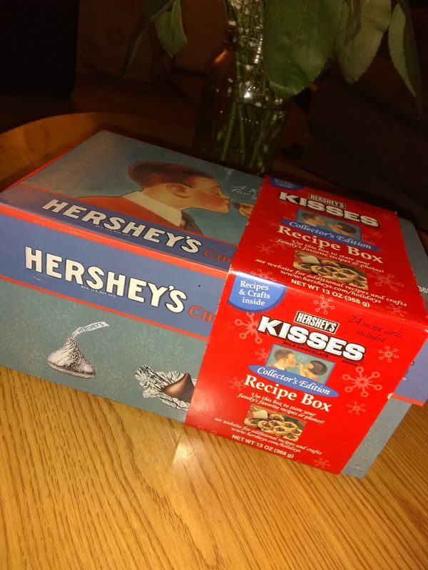 COLLECTOR'S EDITION HERSHEY'S RECIPE BOX