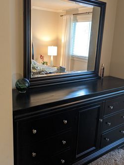 Versailles Wooden Dresser With Mirror for Sale in Redmond,  WA